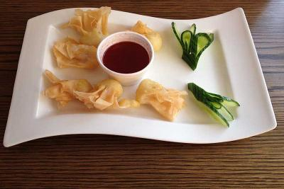 Crispy Won Ton with Sweet & Sour Sauce
