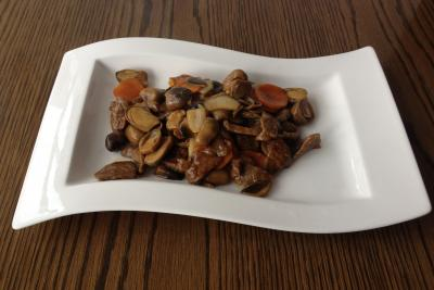 Beef with Straw Mushroom & Oyster Sauce
