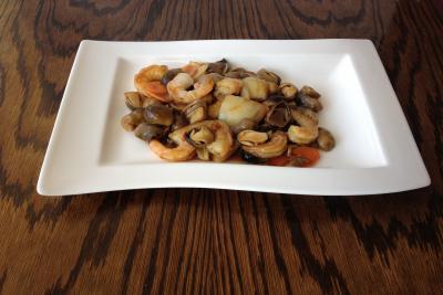 King Prawn with Straw Mushroom & Oyster Sauce