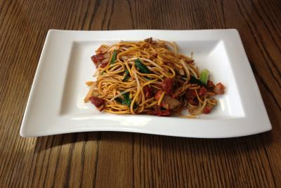 Chinese Roast Pork Chow Mein