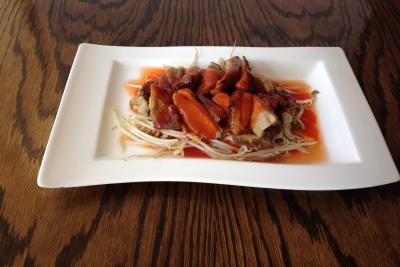 Roast Duck on Beansprouts with Barbecue Sauce