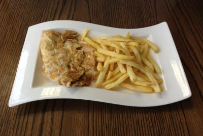 Chicken Omelette & Chips